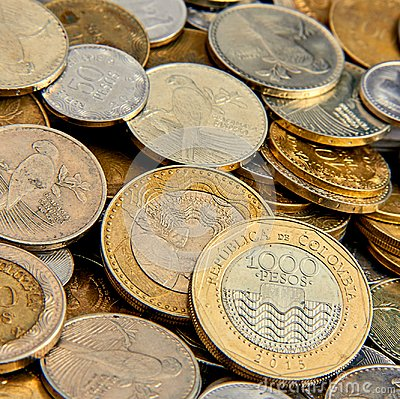 Free Golden Bed Of Beautiful Coins Royalty Free Stock Photo - 117831415