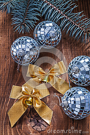 Free Golden Bows And Christmas Disco Balls With Pinetree Branch On Ol Royalty Free Stock Images - 48347649