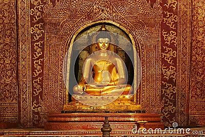 Golden Buddha Image at Wat Pra Sing Temple