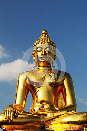 Free Golden Buddha Statue Royalty Free Stock Image - 31008116
