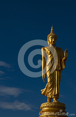 Free Golden Buddha Statue Royalty Free Stock Photos - 84087828