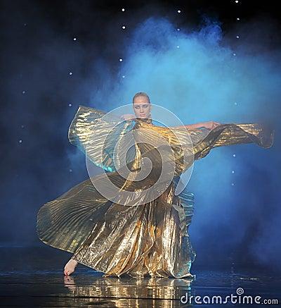 Free Golden Eagle-Turkey Belly Dance-the Austria S World Dance Royalty Free Stock Photos - 49074148