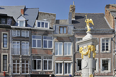Golden fountain and old facades, namur