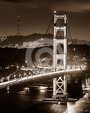 Free Golden Gate Bridge Royalty Free Stock Photography - 33713127