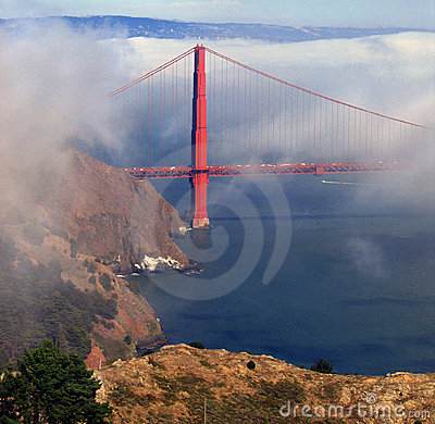 Free Golden Gate Towers Over Fog Bank Royalty Free Stock Photo - 229745