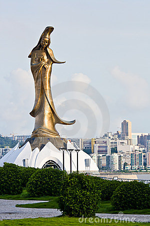 Golden Guan Yin statue