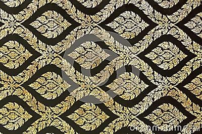 Golden ornament pattern