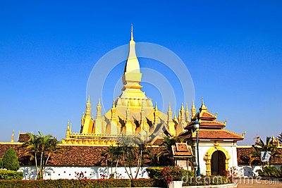 Golden pagada in Wat Pha That Luang