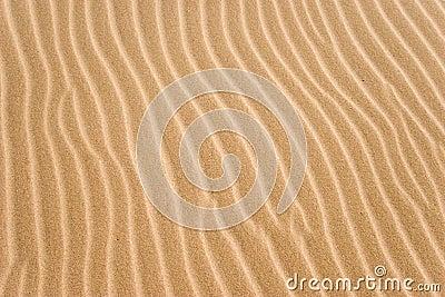 Golden sand grooves