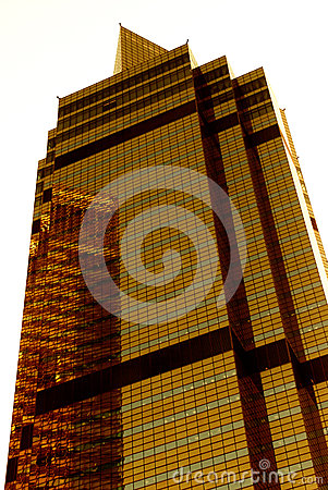 Free Golden Skyscraper Royalty Free Stock Image - 25194866