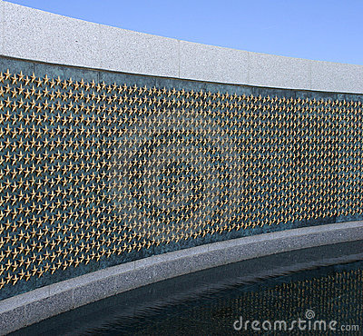 Golden stars at world war II memorial
