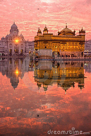 Free Golden Temple At Sunset, Amritsar, Royalty Free Stock Photos - 6466698