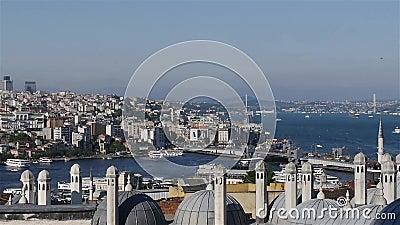 Goldener Hupen-Schacht Istanbul stock video