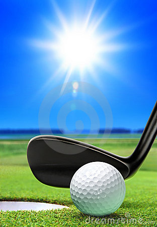 Free Golf Ball And Course Stock Images - 17256824