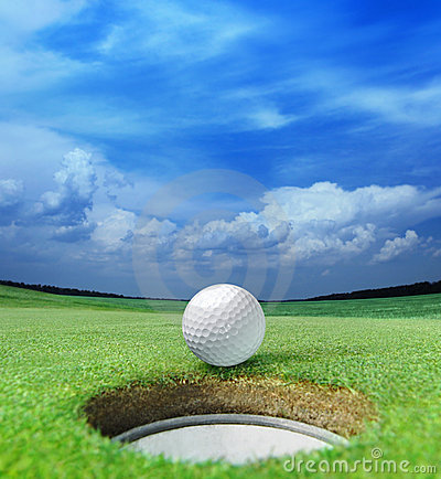 Free Golf Ball On Lip Stock Images - 15927524