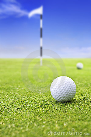 Free Golf Ball On Putting Green Royalty Free Stock Image - 18409736