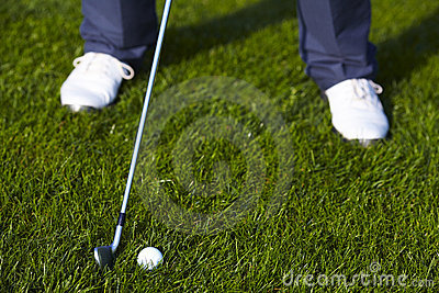 Golf ball position before the swing