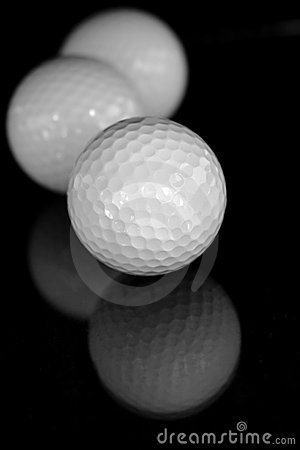 Free Golf Balls Royalty Free Stock Photography - 2642687