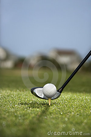Free Golf Club And Golf Ball On Tee. Royalty Free Stock Photos - 2038328