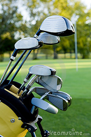 Free Golf Clubs And Golf Course Royalty Free Stock Images - 7648749