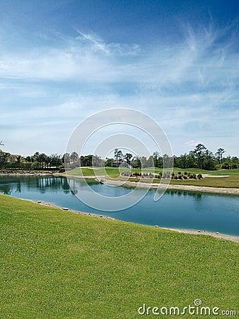 Free Golf Course Lake Royalty Free Stock Photo - 841245