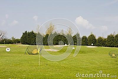 Golf practice range