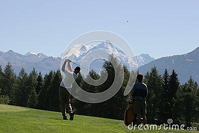 Golf swing in Crans-Montana