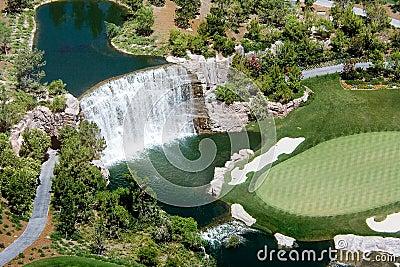 Golf waterfall