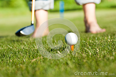 Golfer preparing for shut