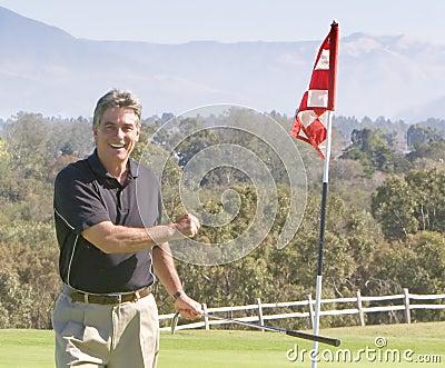 Golfer winning round
