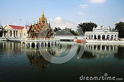 Golpee el dolor Aisawan, palacio de verano rayal, Tailandia
