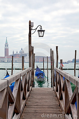 Free Gondola At The End Of The Bridge With Blue Cover Stock Photo - 18770800