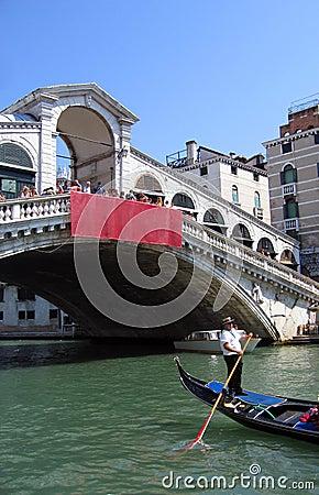 Free Gondola Under Rialto Bridge – Venice, Italy Royalty Free Stock Photos - 310358