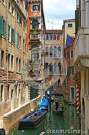 Free Gondolas Of Venice Royalty Free Stock Photos - 6394288