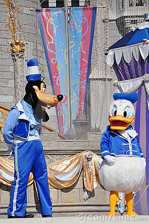Goofy and Donald Duck in Disney World Editorial Photo
