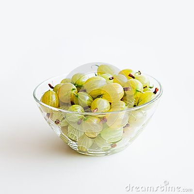 Gooseberries in a glass bowl