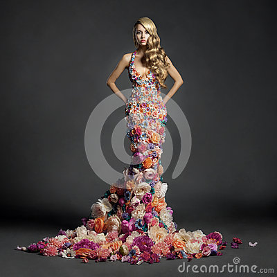 Free Gorgeous Lady In Dress Of Flowers Stock Photography - 46827682