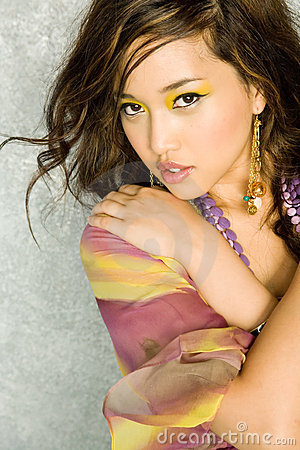 Free Gorgeous Sexy Asian Woman Royalty Free Stock Images - 2017809