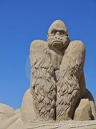 Gorilla sand sculpture