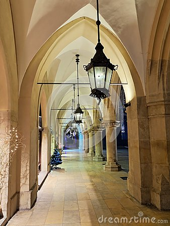 Free Gothic Arcades By Night Royalty Free Stock Photo - 36793135