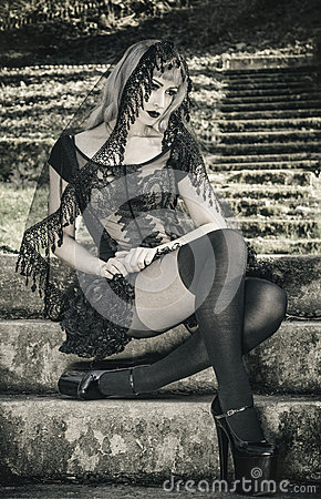 Free Gothic Girl With Veil Stock Photo - 52807620