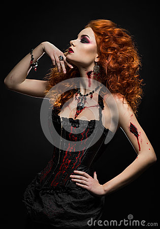 Free Gothic Redhead Beauty  With Wounds Royalty Free Stock Photos - 44221228