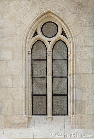Free Gothic Window1 Royalty Free Stock Photography - 13646317