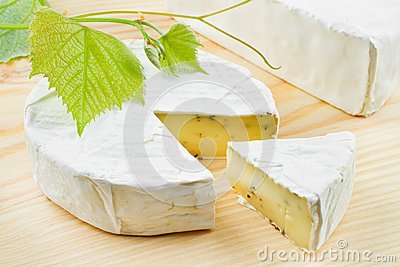 Gourmet cheese and grapes