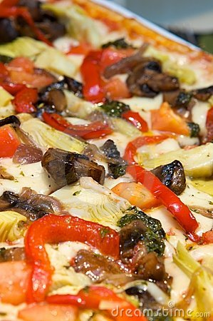 Free Gourmet Mediterranean Pizza Royalty Free Stock Photos - 6189458