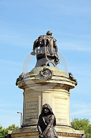 Free Gower Memorial, Stratford-upon-Avon. Stock Photography - 42321912