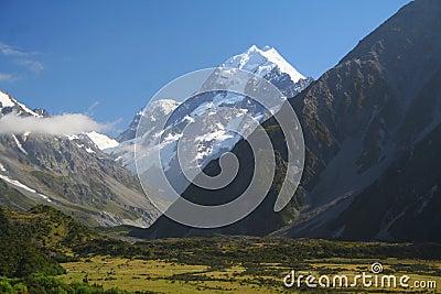 Góra w Nowa Zelandia Cook