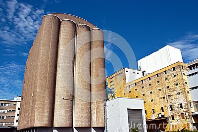 Grain elevator