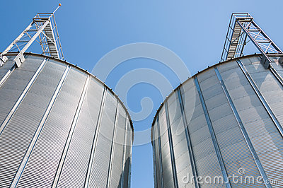 Grain silo containers
