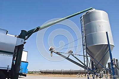 Grain Vac System, Farm Detail
